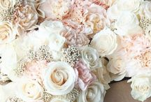 Dreams of lace and rose petals / Wedding day inspiration
