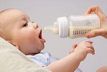 Mama en Baby / PharmaMarket biedt alles voor de verzorging, de voeding en het comfort van jouw baby. Je kiest bovendien uit een heleboel accessoires: zuigflessen, thermometers, fopspenen, pampers, noem maar op! De gezondheid van jouw baby staat voorop! Ook tijdens en na je zwangerschap kan je wat extra ondersteuning gebruiken. Dankzij vitamines en voedingssupplementen blijf je vooral zelf gezond en kan je baby bovendien goed groeien!