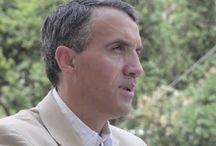Carlos Fernández es el Community Manager del Cuerpo Nacional de Policía