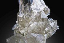 kövek