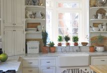 kitchens / by Sue Paulus