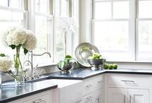 kitchen / by Diana Tellez