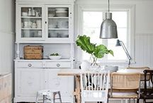 Beautiful Kitchens! Cheery and Bright! / Homes should inspire us, elevate our souls to God! Kitchens where we cook and start our day.. #beauty