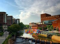 City Guide - Greenville, SC / Activities and places to visit in the charming city of Greenville.