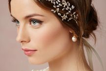 Wedding Headpieces / For the simple yet beautiful accessory