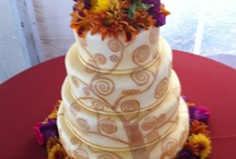 wedding cakes / by Baylow Ouellette