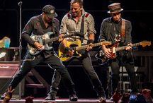 Guitar Tutor / Guitar Lessons