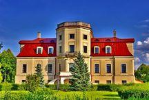 Łabunie - Pałac / Barokowy pałac w Łabuniach został zbudowany w XVIII wieku z inicjatywy IX Ordynata, Jana Jakuba Zamoyskiego. Architektem założenia był prawdopodobnie Jerzy de Kawe. Obecnie - dom rekolekcyjny.