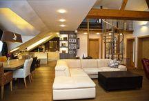 Словакия, Братислава, Ружинов, продажа четырехкомнатной квартиры / Просторная, четырехкомнатная квартира, продажа, район Ружинов, Братислава, Словакия. Квартира площадью 137, 45м2, состоит:открытая кухня, зал, столовая, 2 спальни, ванная комната с ванной и душем, отдельный туалет, на втором этаже, галерея, кабинет. Квартира на продажу без мебели, но если есть желание купить с мебелью, стоимость квартиры будет стоить 360 000 евро. Мебель под заказ (Riviera Maisson)...