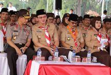 Basuki Bertindak Sebagai Irup HUT ke-54 Pramuka / Gubernur DKI Jakarta, Basuki Tjahaja Purnama bertindak sebagai Inspektur Upacara (Irup) memperingati HUT ke-54 Pramuka di kawasan Silang Monas, Gambir, Jakarta Pusat, Jumat (14/08/2015). Peringatan HUT ke-54 Pramuka mengambil tema Pramuka Garda Terdepan Pelaku Perubahan dalam Pembentukan Karakter Kaum Muda.
