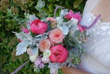 Paper and Pod | bouquets & arrangements