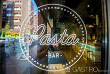 Pita Pest és Pasta Bar / Pita Pest és Pasta Bar - gastro.hu  Két étterem egy helyen - avagy New York és Tel Aviv egy légtérben » www.gastro.hu/Magazin/Pita-Pest-es-Pasta-Bar-–-New-York-Tel-Aviv-szomszedsagaban-170  fotó: Csákvári Péter  cikk: Ambróz Nóra
