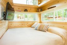 Tiny houses to downsize to. / Small spaces I love.