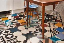 Podłogi / Flooring