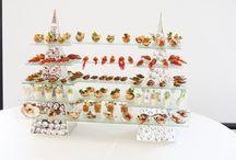 catering , wesele , gasrtonomia / Standy  z akrylu led  i  ze  stali  do wyeksponowania  bufetów  zimnych i deserowych