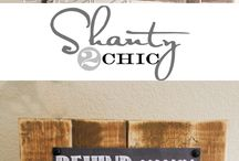 DIY: PROJECTS: Wood Signs / by Marisa Brouse
