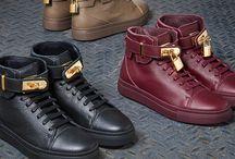 Stokton Hightop Sneaker / Must-have für alle weiblichen Sneakerfans: STOKTON ist ab sofort bei uns erhältlich. Das italienische Schuhlabel ist für außergewöhnliche Details bekannt. Mit den monochromen Hightop Sneakers inklusive kleinem Vorhängeschloß hat sich das Designteam aber selbst übertroffen. ► http://bit.ly/KONEN-Stokton-Sneakers-Women-Pin