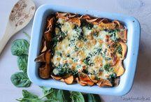 Zoete aardappel taart met spinazie