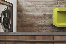 Parquet Vieilli / La collection de parquets bois vieillis propose des parquets brossés afin de renforcer le veinage du bois ou d'aspect vieillis sur la surface et les bords afin de donner une réelle authenticité à ces parquets. En chêne massif ou en contrecollé ces parquets apportent de la chaleur dans les pièces grâce à leurs effets patinés.