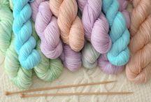 Ladodeya Wolle handgefärbt