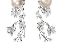 Pearl & diamond earings