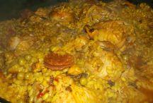 cuisine maison / petite paella maison dont le recette se trouve surles recettes se trouve sur : http://perlifiquescreas.canalblog.com/