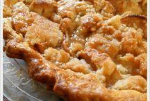 Pies / by Susannah Cuenca