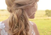 Grad hairstyles / Hairstyles