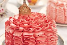 Cakes So Stunning / by Nancy Ed