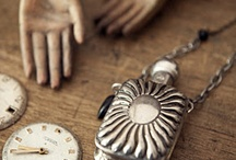 Our Vintage style / by Union Jewellery
