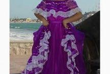 trajes tipicos de Mexico.
