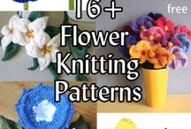 Knitted flowers & bits & bobs
