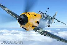 airplanes & warbirds