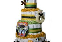 Organic Diaper Cakes / Do want a gift that is earth-friendly and makes Mom and Baby feel pampered? Check out our Organic Diaper Cakes. We also offer CLOTH diapers that will surely be a big part on your baby essentials.