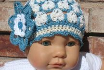 BABY HATS a / by Sonja