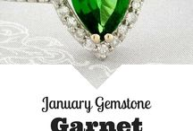 Gemstones / Each month's gemstones and their descriptions.