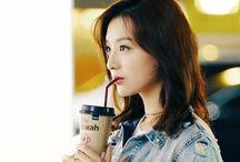 Kim Jiwon Actress