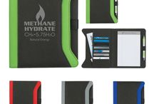 Custom Padfolio Ideas / Show off you company logo design with pride with a promotional padfolio that will be sure to turn heads!