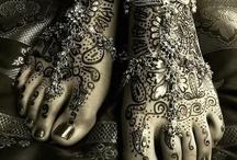 Henna Designs / by ༺♥༻ Charlotte Hill Edsall ༺♥༻