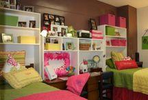 Dorm Room Decor & Storage