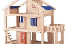 Plan Dollhouse / Some of the lovely products available in the Plan Toys Plan Dollhouse range.