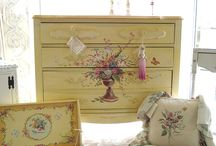 Painted Furniture / Painted furniture designs