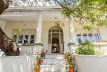 Fleur / Meet Fleur – a family home in the historic heartland of the city bowl. Drop your bags and fall into this classic and contemporary-chic family home. http://www.perfecthideaways.co.za/Details/Fleur
