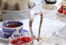 お客様のテーブルアレンジメント / ラブアンティークでご購入されたお品をつかった写真