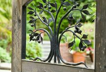 Stilvoller Gartenblickfang