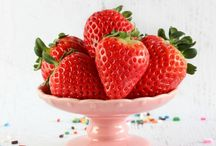 I eat Berries / My favorite berry recipes from bloggers I love