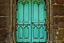 door / by rudyanthonyperez