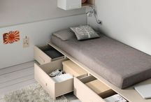 Bed wth drawers under