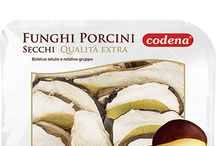 Funghi secchi / Funghi essiccati ed accuratamente selezionati per le vostre ricette più eleganti e fantasiose.