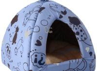Cat products / From beds to bowls, treats to toys - a selection of our favourite cat products.